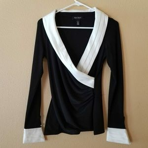 White House Black Market long sleeve blouse xs